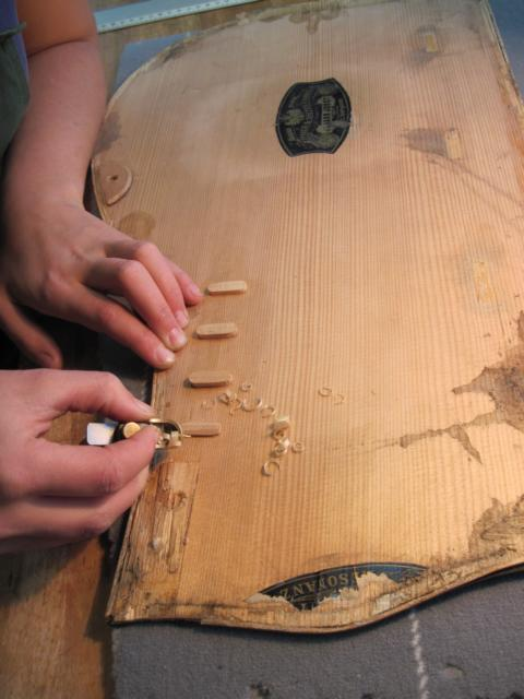 Zither Reparatur 3